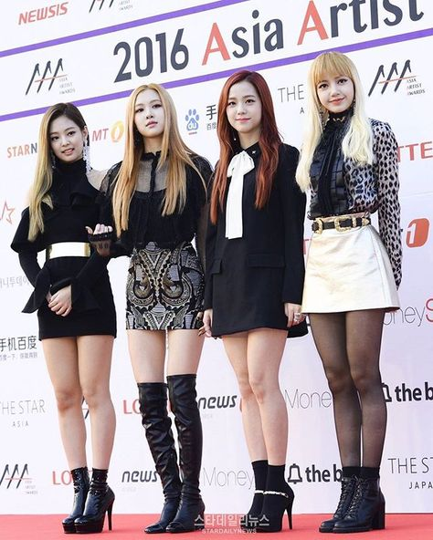 BLACKPINK en 2016 aux Asia Artist Awards