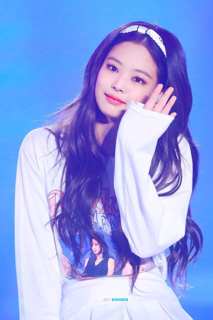 super cute jennie du groupe kpop blackpink