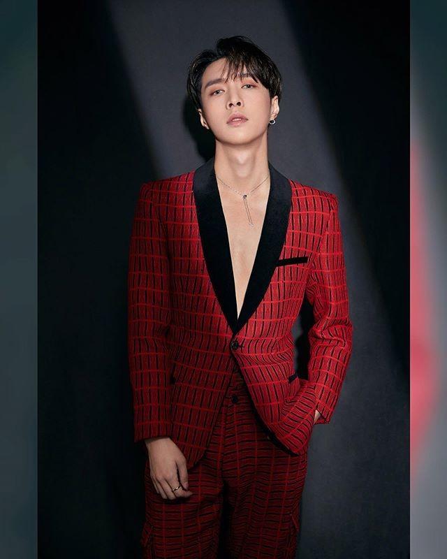фото лэй exo исин 2019