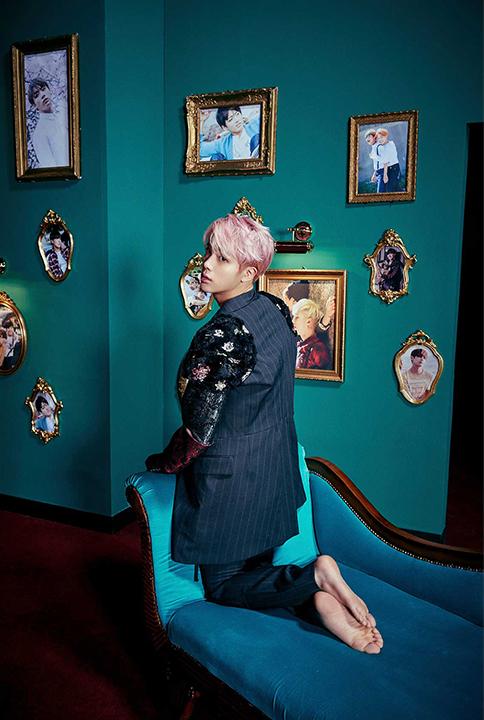 участник jin джин на фото для кпоп альбома bts wings