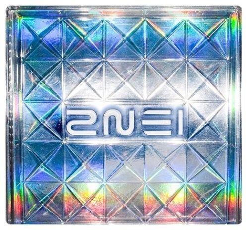 1 MINI ALBUM 2NE1 photo