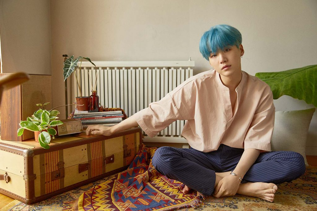 photo kpop album BTS Love Yourself 承 Her version L Suga