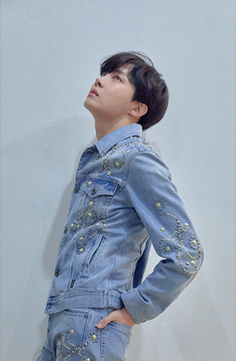 photo kpop album BTS Love Yourself 轉 Tear Version R J-Hope