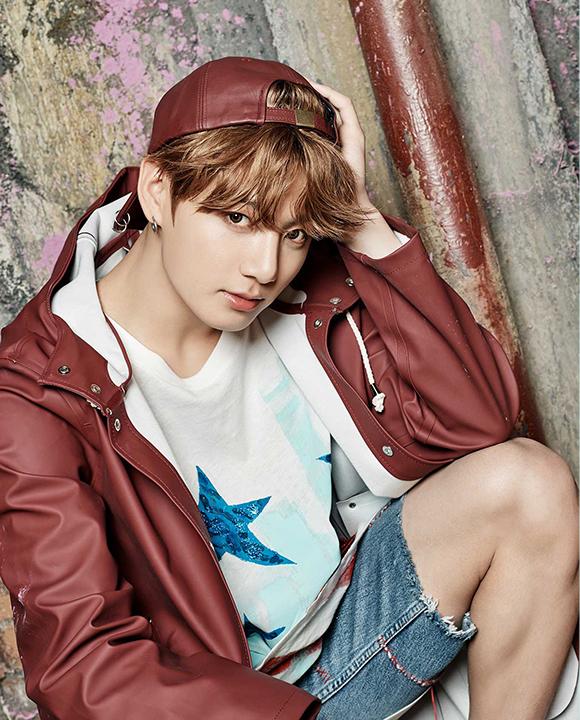 photo kpop album BTS You Never Walk Alone Jungkook