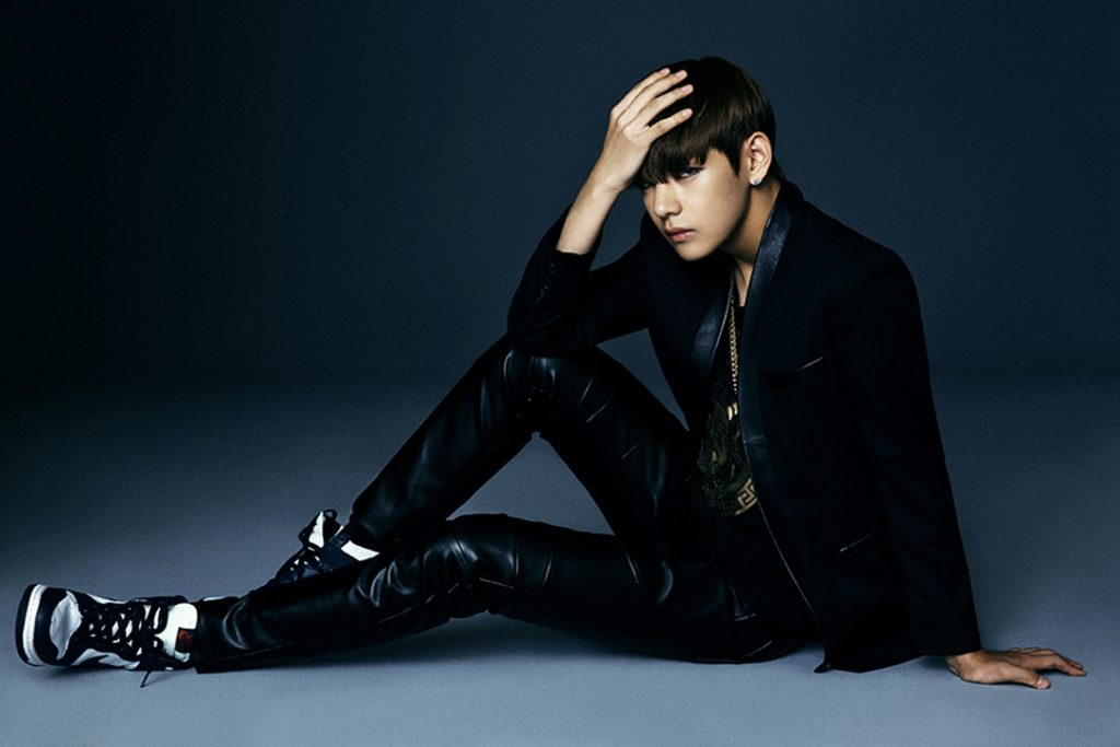 photo kpop album bts dark wild V