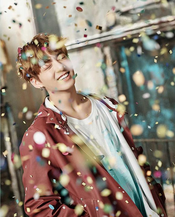 photos kpop album BTS You Never Walk Alone Jungkook korea