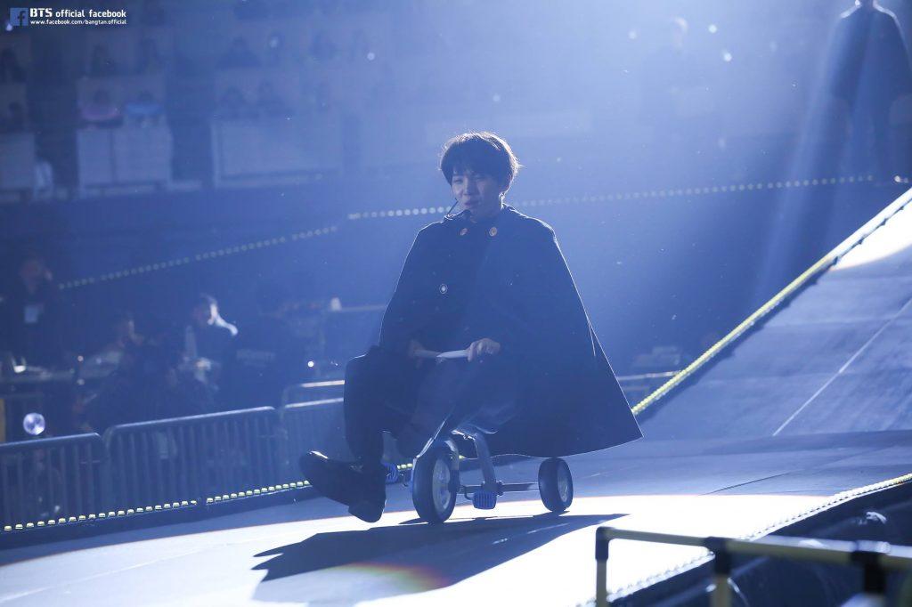 photo kpop album BTS 3rd Muster Army.Zip+ Suga